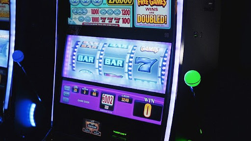 Expert Online Slot Machine Strategy to Increase Opportunity to Win